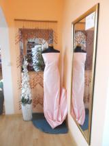 žakár-růžový
